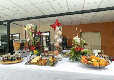 le richmont hotel marseillan buffet