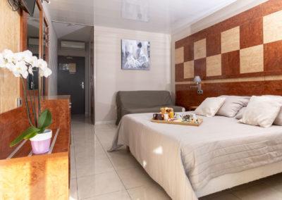 le richmont hotel marseillan vue chambre